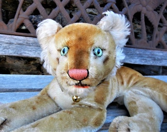SALE Priced-Rare Steiff Vintage Antique Young Lion Leopard Tiger RS Button  Handmade German Collectible Safari Toy 1954-59 Ex,Cond