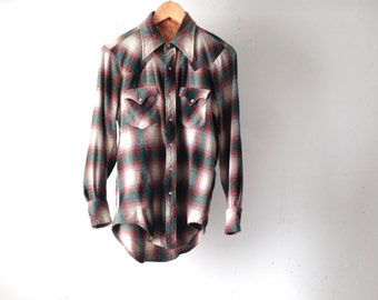 men's vintage PLAID green & red WESTERN long sleeve flannel button up down