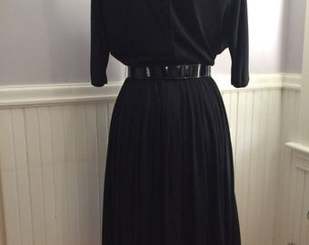 SALE Reduced / Women's Vintage Clothing / 1960's Arnel Tricot Jersey Dress / Goth Attire / Wiccan Clothing