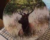 Round Glass Cutting Board - Elk Sitting  - 8 inch