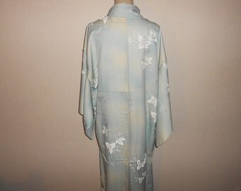 Vintage kimono - White flower, Light blue