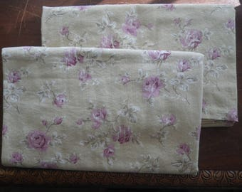 Vintage Pair of King Size Pillowcases Dan River Dusty Pink Roses on Beige Background Free Shipping Pillow Bed Bedding Linens Floral Flowers