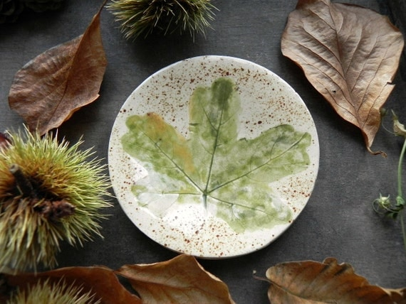 Green Leaves Ceramic Ring Dish Rustic Fall Small Pottery Plate Autumn Jewelry Dish