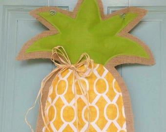 Pineapple Door Hange