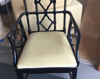 Gorgeous Fretwork Chinese Chippendale Hollywood Regency Chair