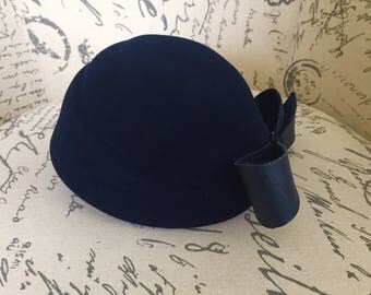 Vintage Adolfo navy blue equestrian hat