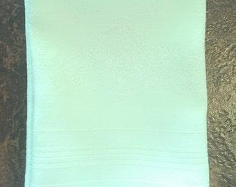 Vintage Dinner Napkins, mint green napkins set of 8, Easter tableware cottage chic, 14 inch cotton blend napkins