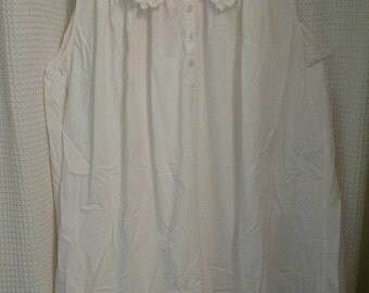 Lanique White Cotton Gown/ Sleeveless Nightie/ Size 22-24