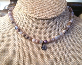 Sale on Beaded Choker, Agate Necklace, Trendy Jewelry, Beach Vibe, Choker, Bohemian Jewelry
