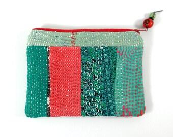kantha quilt patchwork makeup jewelry bag purse, kantha pouch, kantha quilt, kantha throw, kantha pouch