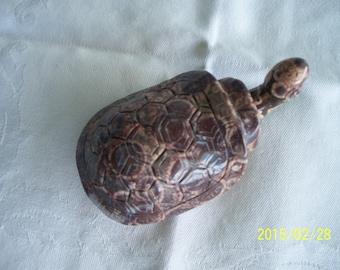 snuff bottle, turtle, gemstone, handcarved,