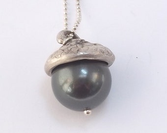 Fine Silver Acorn Cap with South Sea Shell Pearl