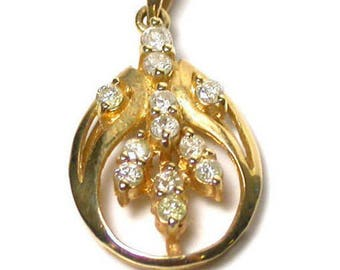 Diamond Leaf Motif Pendant - Solid 14k Yellow Gold - Oval Shape with Leaves Design - Weight 1.8 Grams # 1412