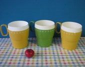 Mid Century Thermo Coffee Cups - New Mar - Insulated - Set of 3 - Green Yellow - Vintage 1970's