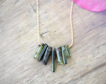 green tourmaline necklace in 14k gold fill  ///  raw tourmaline sticks, gemstone layering necklace // delicate everyday jewelry