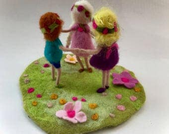 Needle Felted children in a meadow.Hand-felted. Waldorf.Scene.Felted Doll.Doll,Puppet.
