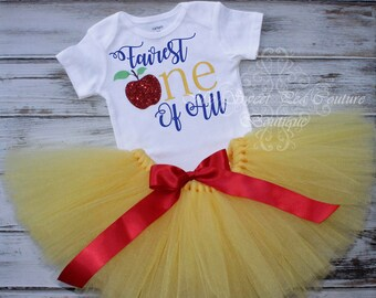 Snow White First Birthday Tutu Outfit- Cake Smash Outfit- Fairest One of All- 1st Birthday Outfit- Snow White Birthday- 1st Birthday Onesie