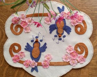 I WISH you BLUE BIRDS Wool Applique Cath Pennys Rug Candle Mat  Pattern only