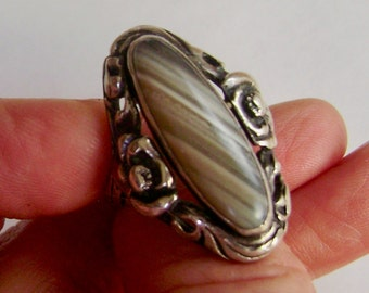 gorgeous old striped agate flower ring in sterling, size 8