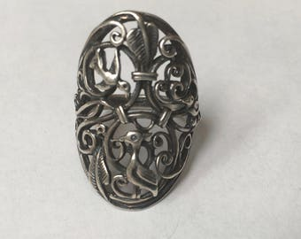 vintage wonder of a ring, birds and vines in sterling, size 7.5