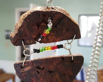 Slices Burl with Rasta colors. Necklace and Earrings