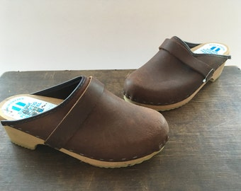Vintage Swedish clogs Brown leather wood clogs Brown clogs Size EU 36/ US 5.5 Women's wooden shoes