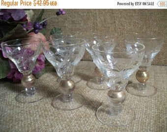 Beverage Glasses Gold Ball Stem and Rim Barware Set Six Etched Aperitif Cordial Liquoir Glassware Vintage 60s Serving Entertaining Tableware