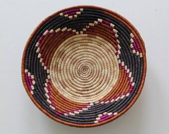 AFRICAN BASKET / Handwoven Sisal / Small / Natural Basket Wall Hanging