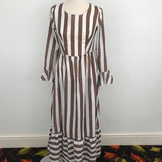 Maxi dress vintage 1970s striped historical brown white striped print long prairie 70s festival style boho hippy UK 10 re enactor