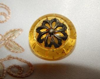 Pinwheel Metal on an Applejuice Bakelite Button with Glitter