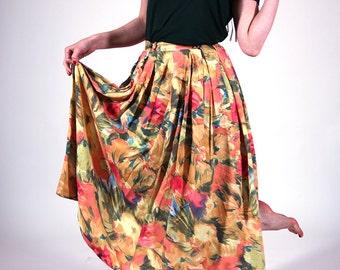 Floral vintage skirt, colourful, floral maxi skirt, pleated women skirt, vintage skirt, day skirt, boho festival skirt, size M / 38 (GP84)