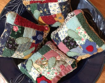 Nine Patch Quilted Petite Flower Bowl Filler Pillows