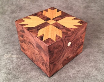 Bear Paws Quilt Block on a Walnut Keepsake Box by Quiltboxes