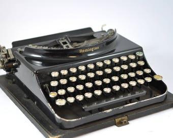 1920s Remington Working Typewriter, Portable Typewriter, Antique Typewriter, Manual Typewriter, Black Typewriter, Glossy Typewriter
