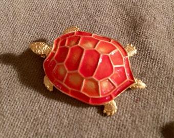 Vintage goldtone & orange enamel Turtle collectable critter pin