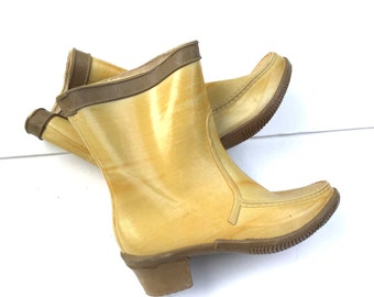 Vintage Yellow Ankle Rain Booties