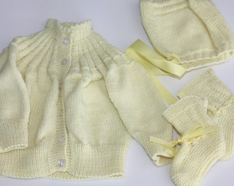 Yellow Baby Sweater Set, Knit Baby Sweater, Newborn Sweater, Newborn Baby Gift, Gender Neutral Baby Gift, Yellow Sweater, Yellow Baby Bonnet