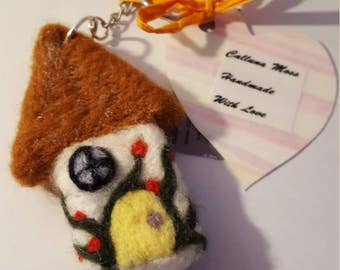 Handmade needle felted pixie house keyring - pixie keyring - keyring - needle felted keyring