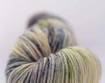 Hand-dyed yarn - sock yarn - superwash - merino - dyed-to-order - speckles - ETANG