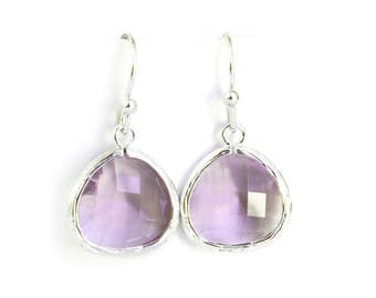 Lavender earrings, Silver glass earrings, lilac earrings, light purple earrings, amethyst earrings, lavender bridesmaid gifts