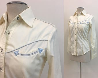 Vintage 1960s Ladies WESTERN Shirt / Womens RODEO Shirt / size XS