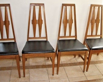 Set of 4 Young Manufacturing Walnut Dining Side Chairs Mid Century Danish Modern Insured safe nationwide shipping available