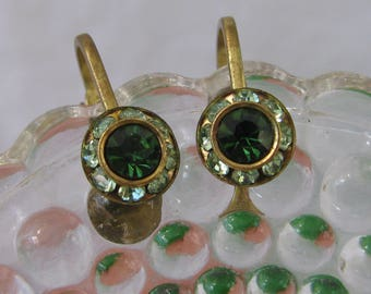 Supurb Antique Austrian Crystal Petite Earrings, Emerald and Peridot Green, Vintage Brass Clip Backs