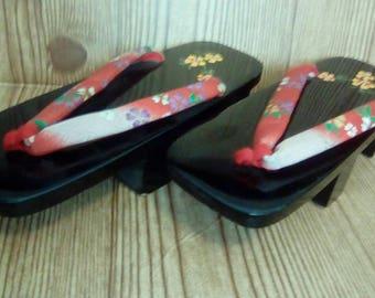 Vintage Japanese Lacquered Geta | Vintage Japan Sandals | Display Platform Sandals