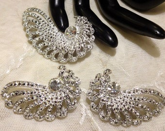 """Pretty Sarah Coventry """"Evening Splendor""""  Brooch and Earrings"""