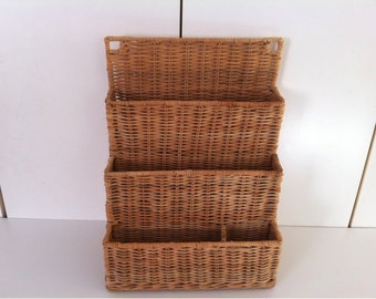 Mid Century Wall Hanging Wicker Mail Letter Holder Desk Organizer