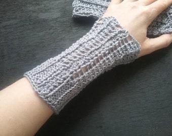 handknitted wristwarmer , cotton, grey