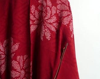 Kimono jacket - Japanese vintage - silk - red - tie dyed large chrysanthemum flowers - WhatsForPudding #2166