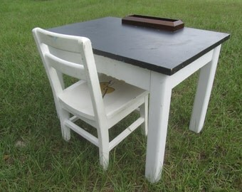 Vintage childrens table and chairsEtsy