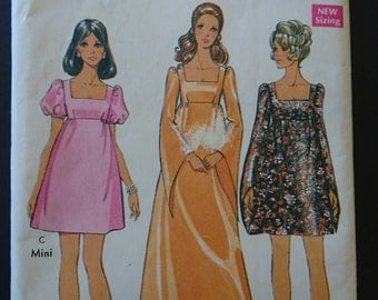 """Oh Romeo! Bust 34""""- Baby doll dress pattern- 1960s- mad men style- princess or puff sleeves square neckline think lawn or chiffon"""